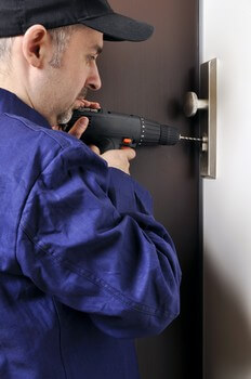 twenty-four-hour locksmith service in City Park Houston, TX